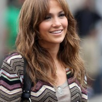 Jennifer Lopez Long Wavy Hairstyle with Bangs