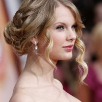 Taylor Swift Loose Bun Updo