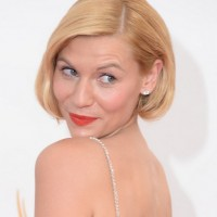 Claire Danes Short Formal Haircut: Blonde Straight Bob