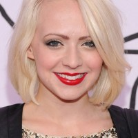 Madilyn Bailey Short Blonde Bob Hairstyle with Bangs