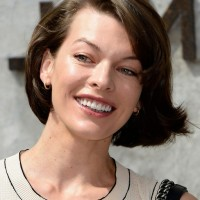 Milla Jovovich Short Bob Hairstyle for Round Shaped Faces