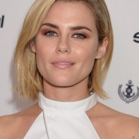 Rachael Taylor Messy Short Bob Hairstyle for Women
