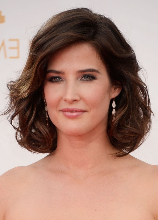 Cobie Smulders Short Brown Loose Wavy Curly Bob Hairstyle ...