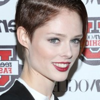 Coco Rocha Cool Short Side Parted Formal Straight Cut