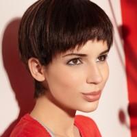 Cute Short Bowl Haircut for Women