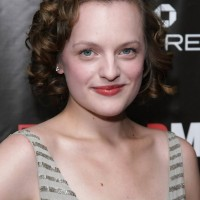 Elisabeth Moss Elegant Short Curly Hairstyle for Prom Night