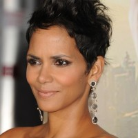 Halle Berry Spiked Messy Pixie Cut for Women
