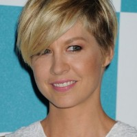 Jenna Elfman Wedge Haircut with Side Swept Bangs for Women