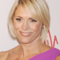 Jenni Falconer Short Side Parted Blonde Straight Bob Cut
