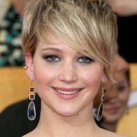 Jennifer Lawrence Short Messy Hairstyle with Long Bangs