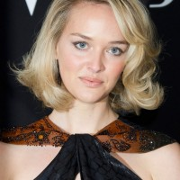 Jess Weixler Short Curly Bob Hairstyle with Bangs