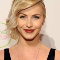 Julianne Hough Side Parted Finger Wave Hairstyle