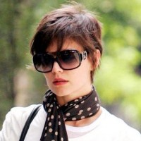 Katie Holmes's Short layered boy cut for Women