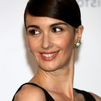 Paz Vega Side Parted Short Straight Haircut
