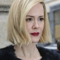 Sarah Paulson Side Parted Short Straight Hairstyle
