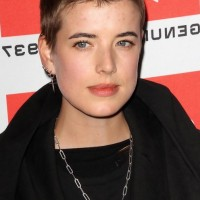 Very Short Hairut for Women Buzzcut from Agyness Deyn