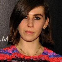 Zosia Mamet Layered Side Parted Short Straight Cut