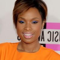 African American Short Layered Razor Cut from Jennifer Hudson