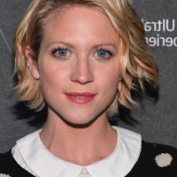 Brittany Snow Chic Short Wavy Haircut for Fall