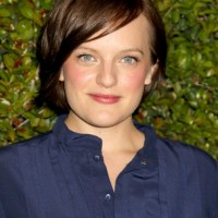 Elisabeth Moss Layered Short Side Part Haircut with Bangs