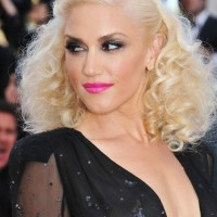 Gwen Stefani Curly Hairstyles