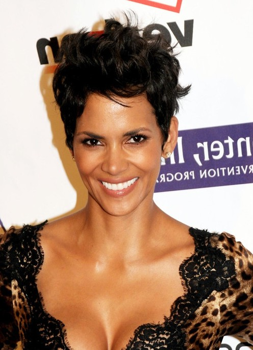 Halle Berry Cool Spiked Layered Razor Cut for Women