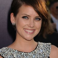 Jessica Stroup Casual Short Side Part Straight Hairstyle with Bangs