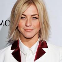 Julianne Hough Hairstyles Textured Medium Straight Hairstyle