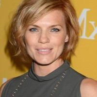 Kathleen Rose Perkins Short Side Parted Hairstyle with Side Swept Bangs