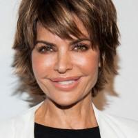 Lisa Rinna Layered Razor Cut for Women Over 40