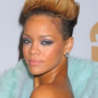 Rihanna New Short Spiked Ombre Fauxhawk Hairstyle