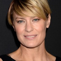 Robin Wright Short Pixie Cut with Side Swept Bangs for Summer