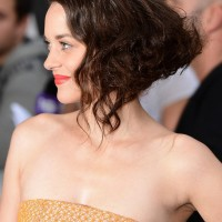 Side View of Marion Cotillard Retro Faux Bob Hairstyle with Waves