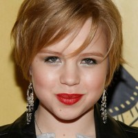 Sofia Vassilieva Layered Short Haircut with Bangs for Fine Hair