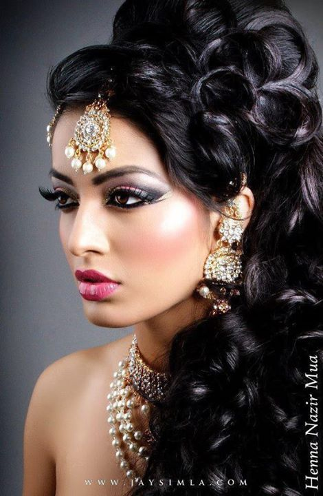 Latest Indian Style Bridal Makeup and Hairstyle Idea
