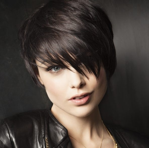 24 Fun Sexy Short Brown Hairstyles 2021 Dark Light Brown Brunette Styles Weekly