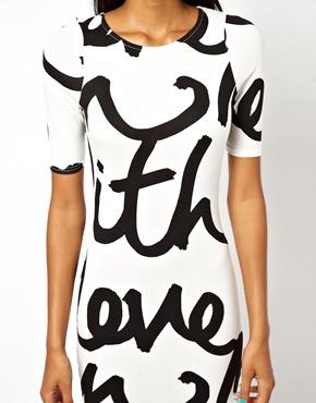 Word print column dress