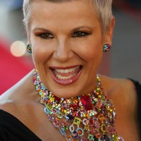 23 Breathtaking Short Haircuts for Women Over 50