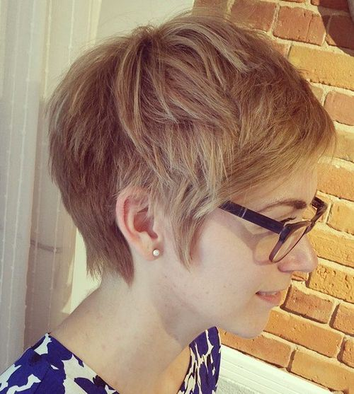 Stylish Textured Haircut for Thin Hair