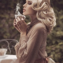 Fashionable Vintage Hairstyle