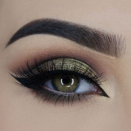 10 Amazing Makeup Looks Featuring Green Eyeshadow