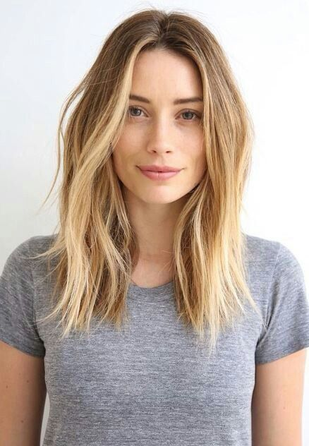 10 Looks to Style Your Center Parting - Middle Part Hairstyles